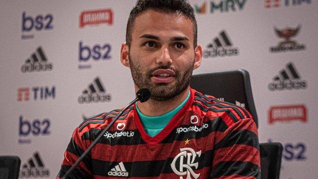 Thiago Maia é apresentado pelo Flamengo: 'Realização de um sonho'