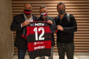 Marcos Braz, Domènec Torrent e Bruno Spindel, Flamengo — Foto: Alexandre Vidal / Flamengo