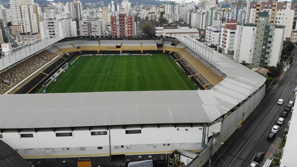 Criciúma e Chapecoense definem nesta quarta-feira quem será o finalista do Catarinense