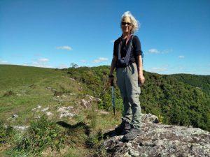 A região Serrana é uma das favoritas de Lenir para a observação. Na foto ela está no Canyon do Itaimbezinho – Foto: Lenir do Rosário/Arquivo Pessoal/Divulgação/ND
