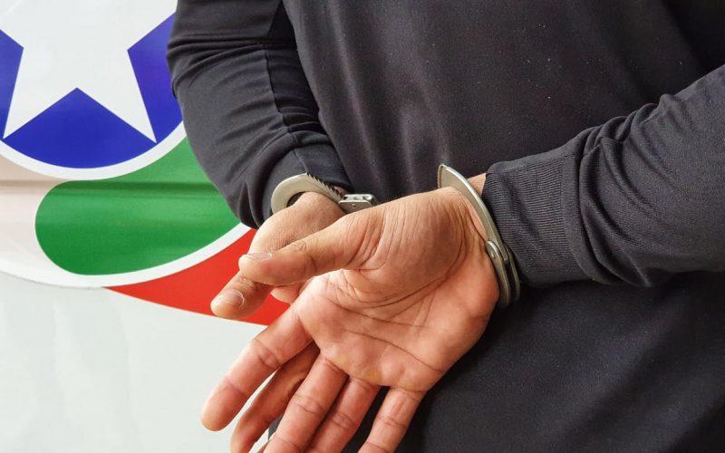 Homem é preso em Ibirama após agredir vizinha