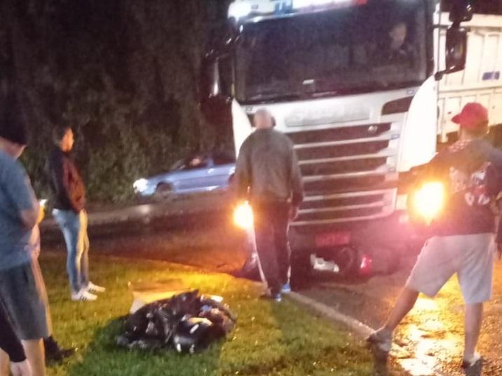 Acidente de trânsito deixa motociclista ferido na BR-470, em Rio do Sul